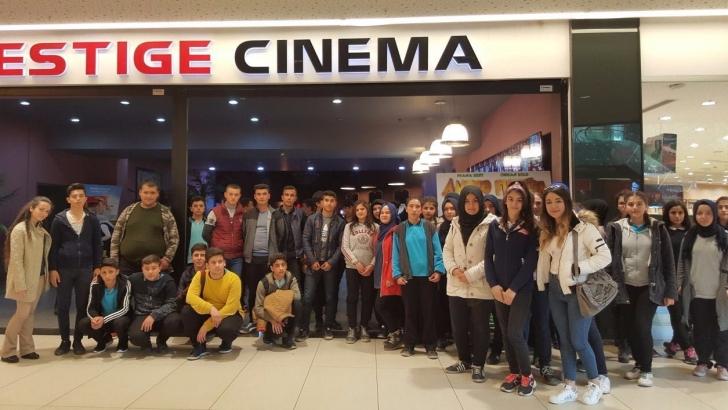 Oğuzelili öğrenciler sinema ile buluştu