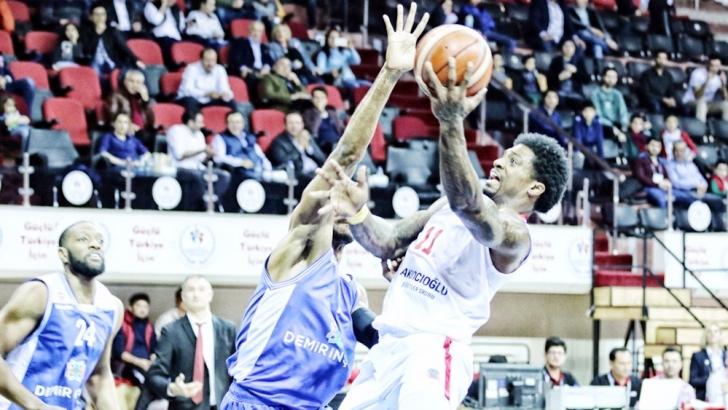 Gaziantep Basketbol çıkışa geçti