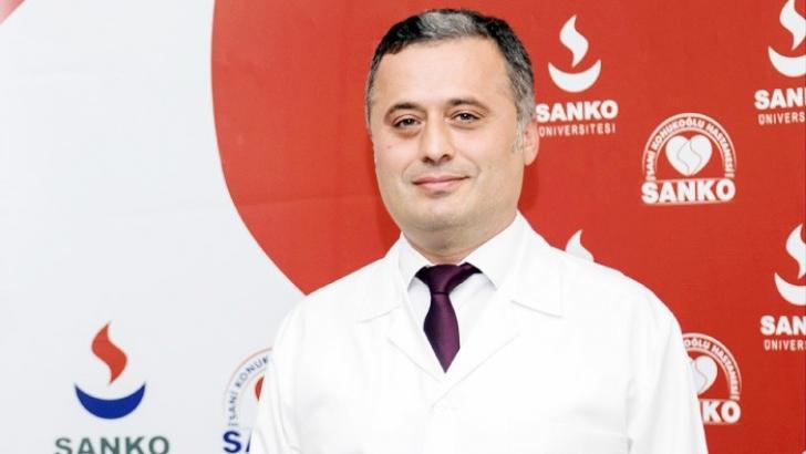 DOÇ. DR. ERHAN ÖZYOL SANKO'DA