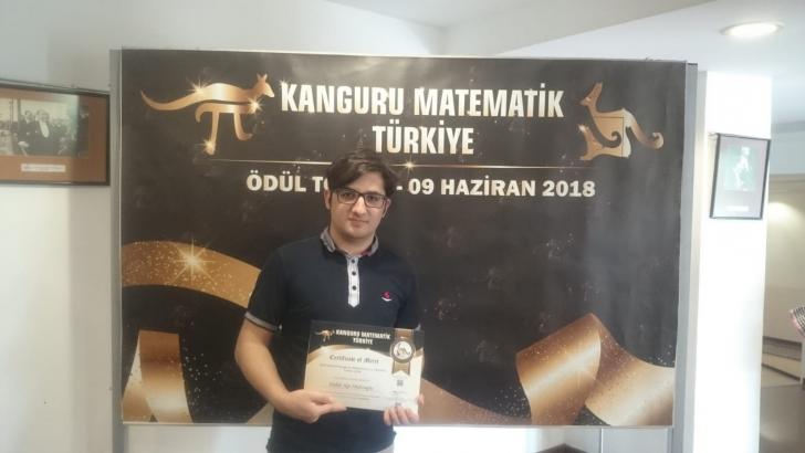 SANKO OKULLARI MATEMATİKTE DERECEYE DOYMUYOR