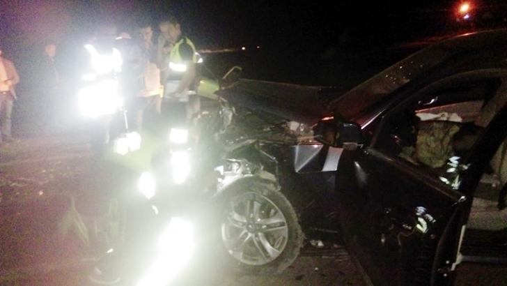 İki otomobil çarpıştı: 2 ölü, 7 yaralı