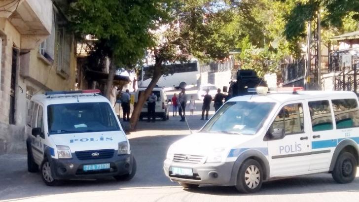 Suriyelilerin yaşadığı mahallelerde güvenlik önlemleri artırıldı