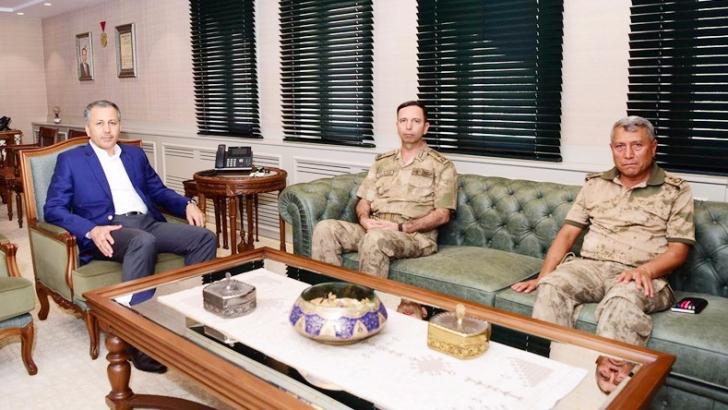 Tuğgeneral Cavlak Vali Yerlikaya'yı ziyaret etti