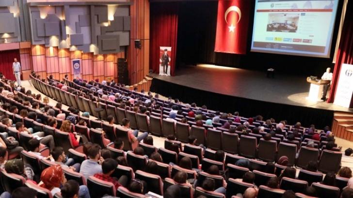 GAÜN'de Oryantasyon Eğitimi