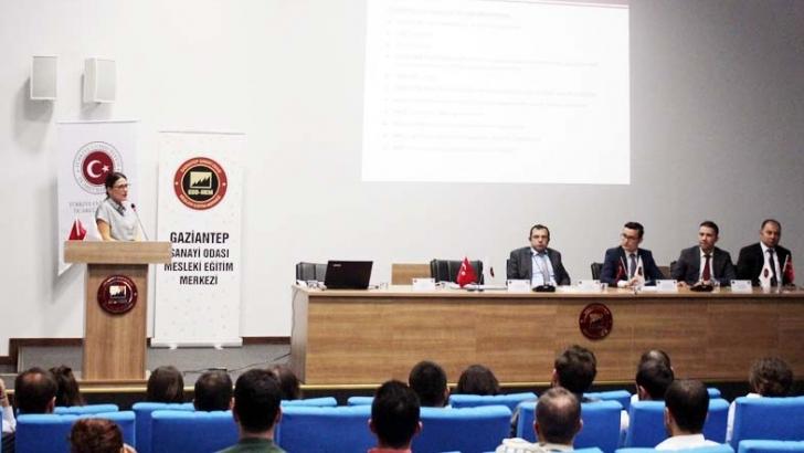 """GSO-MEM'de """"Dış ticaret bilgilendirme semineri"""" düzenlendi"""