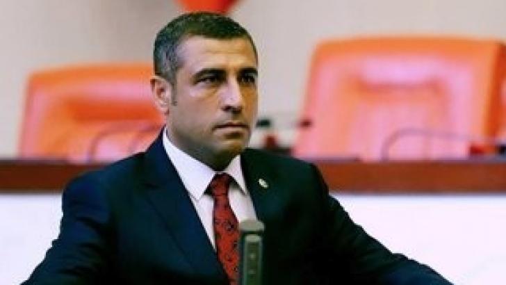 Taşdoğan'dan havayolu şirketlerine çağrı