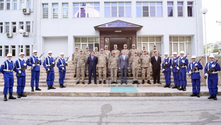 Vali Gül İl Jandarma Komutanlığını ziyaret etti