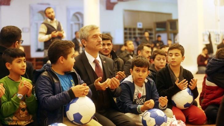 Şahinbey'den mevlid kandili için özel program