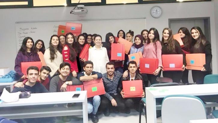 Üniversite öğrencilerinden duygulandıran proje