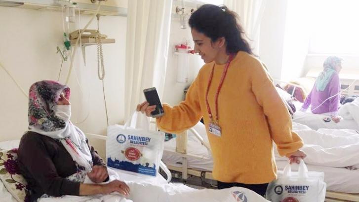 Şahinbey Belediyesi'nden hasta ziyareti