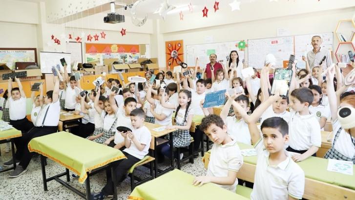 İlkokul öğrencileri, gelecekleri için biriktirdi
