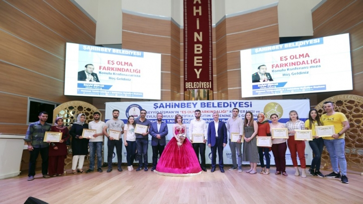 201 ÇİFT DAHA EVLİLİK OKULU'NDAN SERTİFİKASINI ALDI