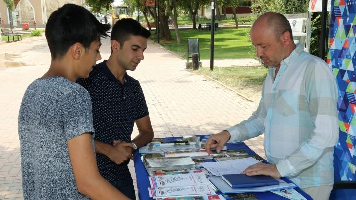 Büyükşehir'den yeni üniversiteli öğrencilere oryantasyon turları