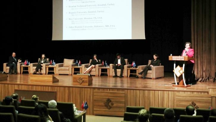 HKÜ'de Bilim Diplomasisi konuşmaları
