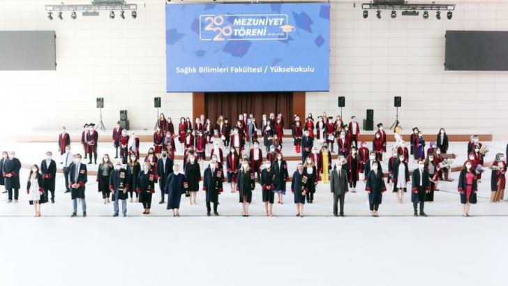 HKÜ 2020 mezuniyet töreni