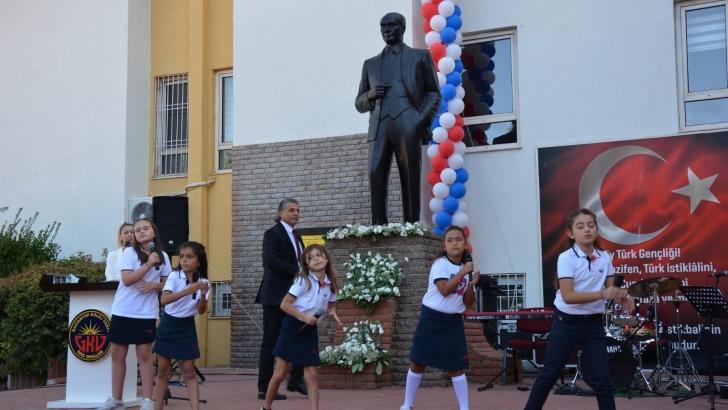 Gaziantep Kolej Vakfı Özel Okullarında ziller coşkuyla çaldı