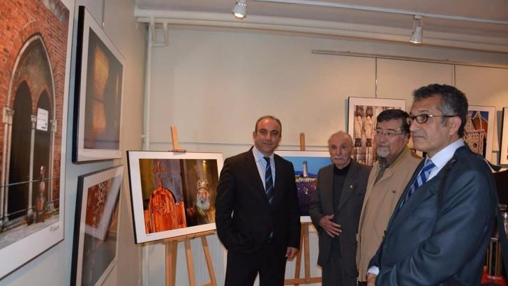 Özdemir'in fotoğraf sergisi büyük ilgi gördü
