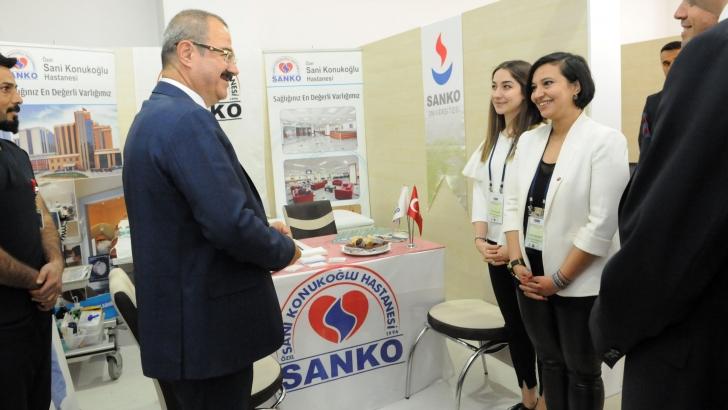 Özel Sani Konukoğlu Hastanesi Forumda stant açtı