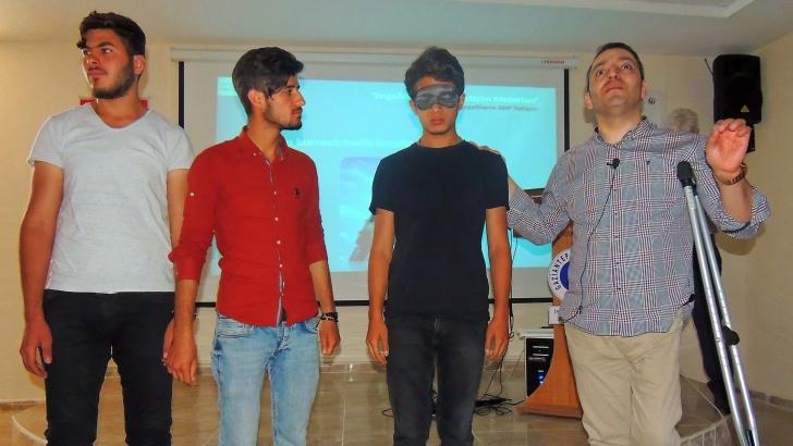 Dezavantajlılarla 360 derece iletişim semineri düzenlendi