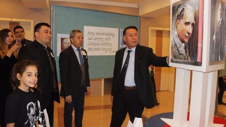 Seçkin'de 3 boyutlu Atatürk fotoğraf ve resim sergisi
