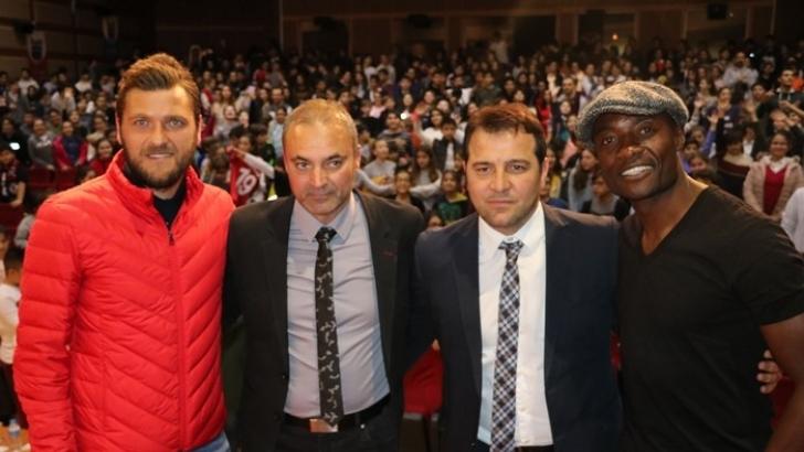 Webo ve Muhammet Reis, öğrencilerle buluştu