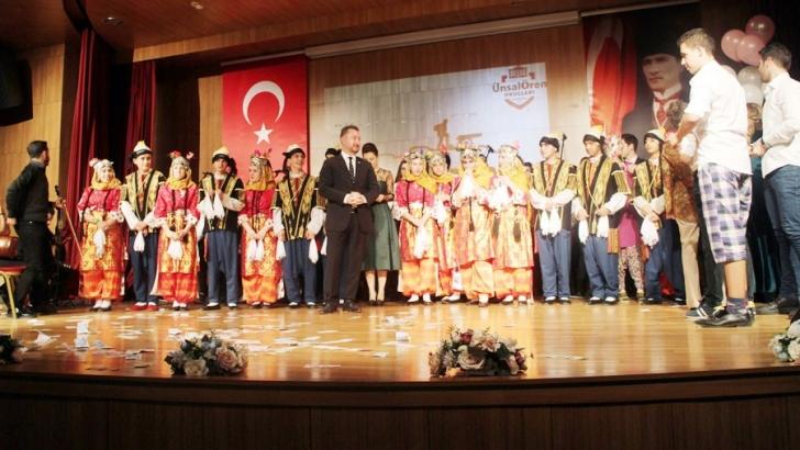 Ünsal Ören Eğitim Kurumları'nda coşkulu kutlama