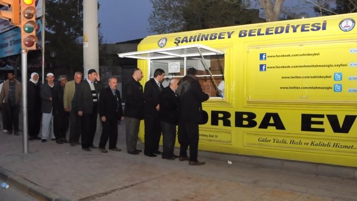 Şahinbey Belediyesi'nden 6 milyon kişiye çorba ikramı