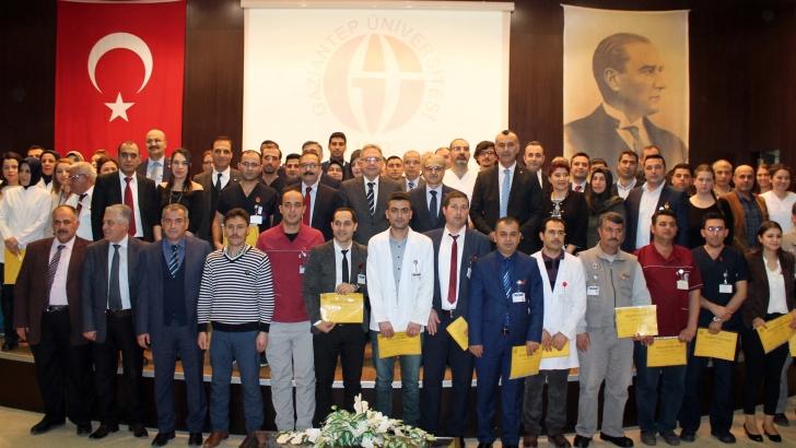 GAÜN Hastanesi çalışanlarını ödüllendirdi