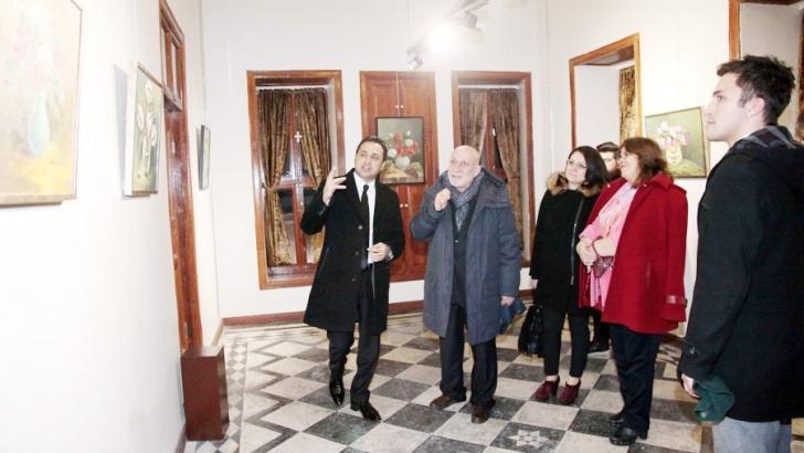 GAÜN öğretim görevlisi Aliyev'den sergi