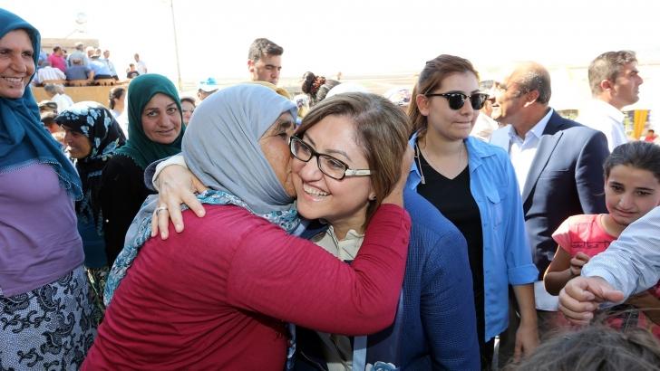 Şahin'den Anneler Günü kutlaması