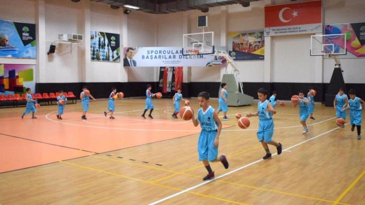 Geleceğin basketbol yıldızları bu okulda yetişiyor