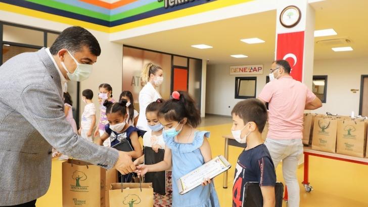 Fadıloğlu, Bilim Şehitkamil'deki öğrencilerle buluştu