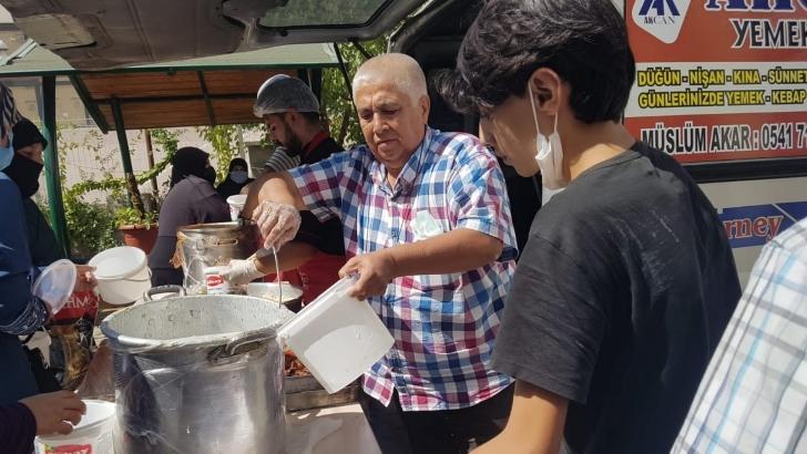 İmkander'den 400 aileye yemek