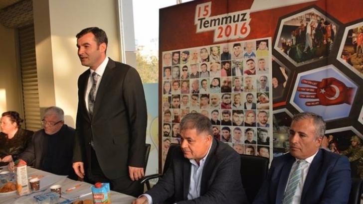"""Osman Toprak'dan Nurdağı'nda """"Hizmet"""" toplantısı"""