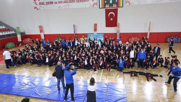 Gaziantep'te mülteci çocuklara spor etkinliği